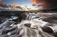 dramatic,feinberg,horizontal,kauai,seascape,sunrise