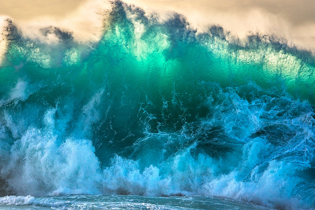 Large waves on the North shore of Kaua'i are nothing new.  What was special this particular day was that the timing of the late...